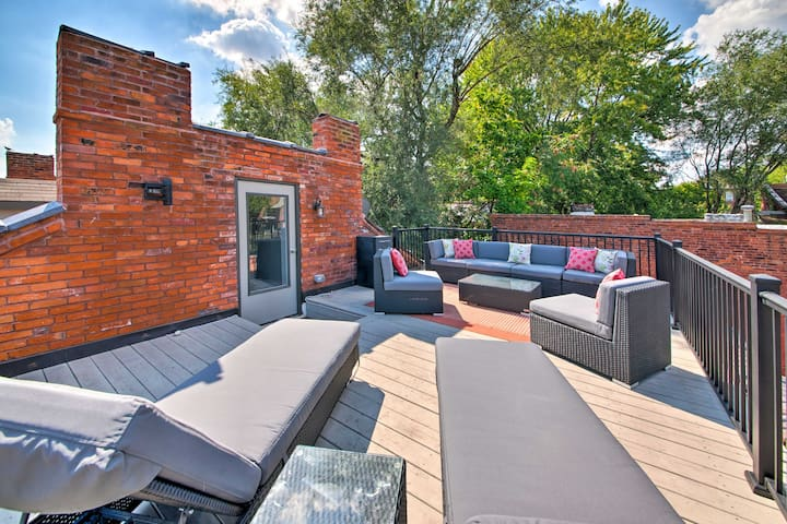 Luxury Living in The Lou - Rooftop Patio w/ Views!