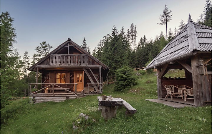 Amazing home in Luce with Sauna and 2 Bedrooms