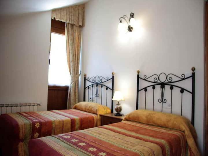 Apartamento-Baño Privado-1 habitación twin