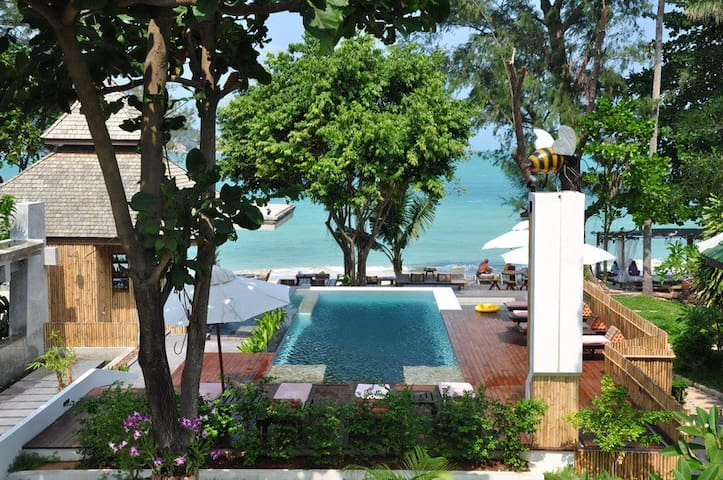 1 Bedroom Backpacker Bungalow at Choeng Mon Beach