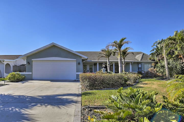 This 3-bedroom, 1-bath home comfortably sleeps 6 guests with room for 4 more.