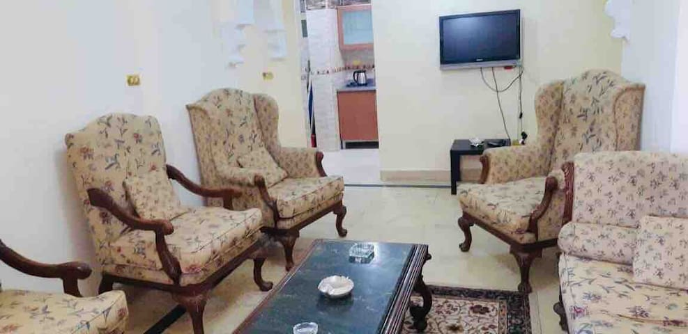 Zamalek Island: Double and comfty big room