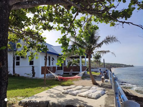 Beach Front Property Unique House La Union Paraoir