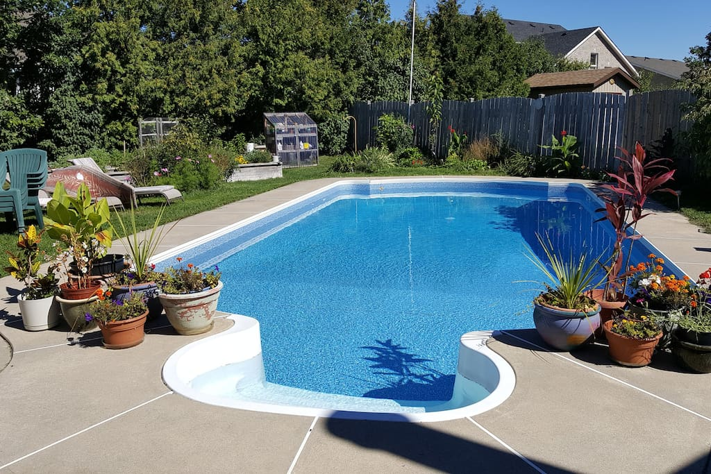 Spacious Private Apt Ideal Location Pool Amp Gardens