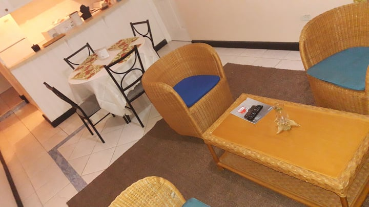 HOLIDAY SPICE APARTMENTS-- FEEL AT HOME AND MORE!
