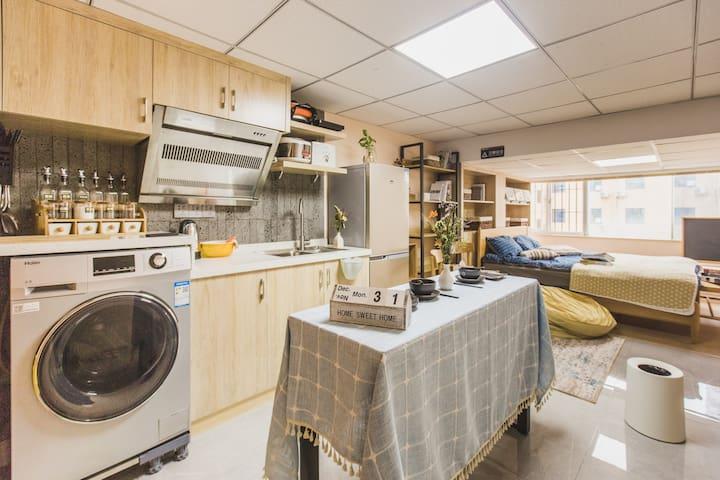福州 五四路商务区 地铁口 YSU-C公寓 开放式厨房北欧风格 近火车站三坊七巷