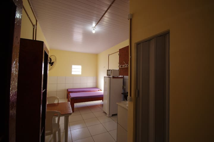 Apartamento MOBILIADO COM AR  FORTALEZA 23.
