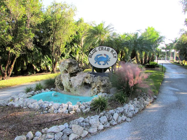 Winter Retreat in SW Florida (2 month min. stay)