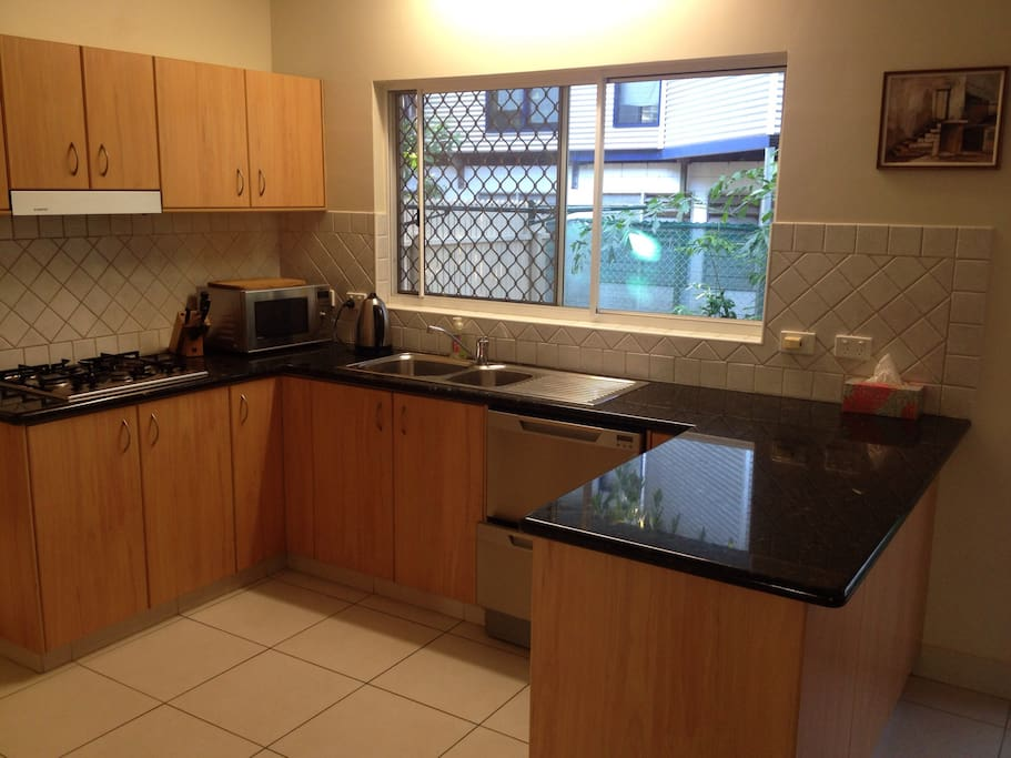 Fully equipped kitchen with everything you need, including dishwasher.