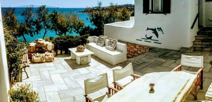 Sea Breeze, Zephiros (middle house)(AMA378660)