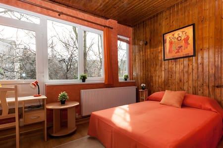 BudaHome Apartments - Citadella - Budapest - Lakás