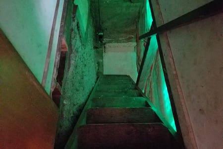 Creepy Basement - Spokane - Haus