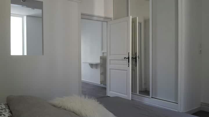 Appartement en toute intimité, calme et surveillé