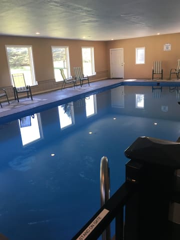 Enjoy a indoor pool rain or shine in the catskills - Jefferson - Dům