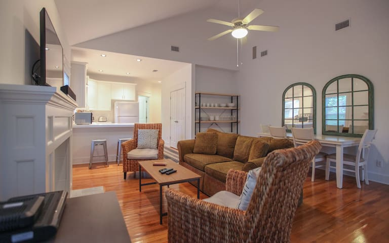 vaulted ceiling living and dining space