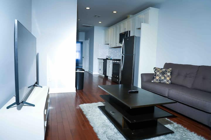 Cozy Jersey City /Bayonne 2Bedroom 25 min From NYC