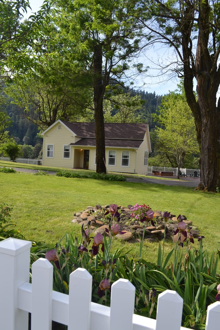 The Ammon Ranch Cottage