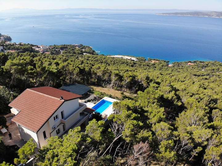 Private Pool, Terasse, Sea View and Free Parking