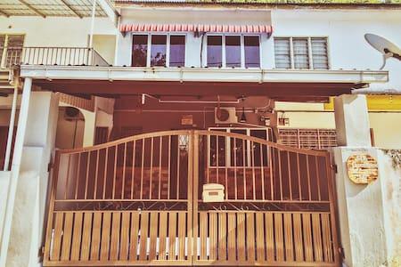 Sir Guest House Kampar Perak - Rumah