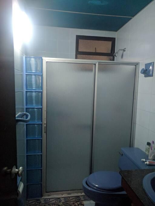 baño para las habitaciones