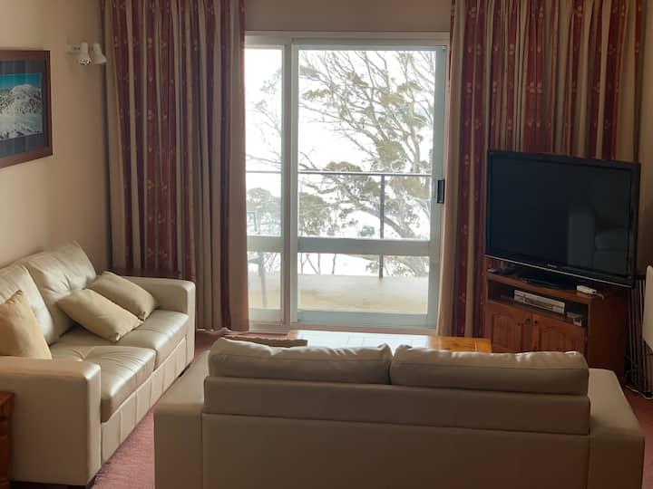 Perisher U3 On Snow 2 Bedroom Apartment (Sleeps 6)