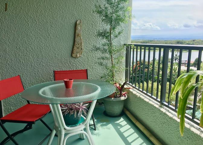 Mauna Loa Shores 601 - Oceanfront Condo