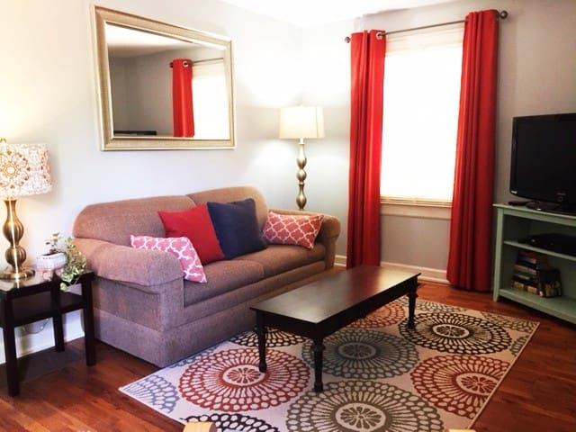 Standalone Candler Park Guesthouse