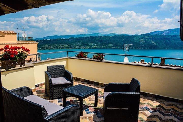 SUITE VISTA LAGO - Castel Gandolfo - Bed & Breakfast