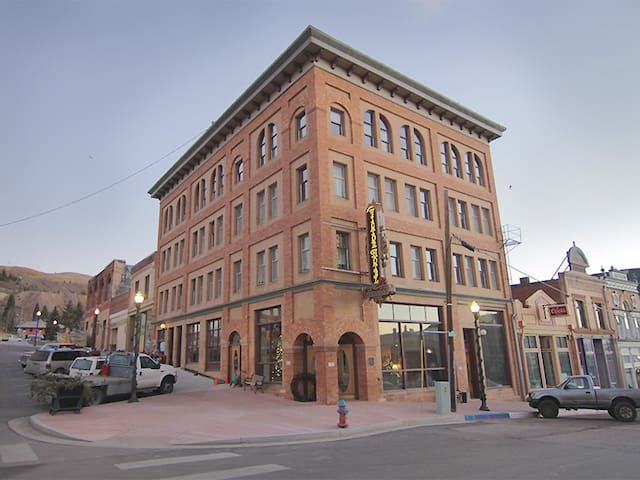 Come experience a piece of Colorado's rich history - Victor - Butik otel
