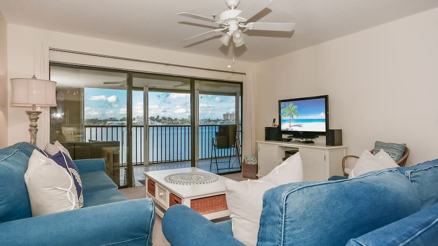 Living room with amazing waterfront view!