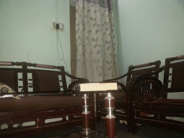 Private room in village Qadirabad. - Qadirabad - Bed & Breakfast