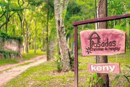 "Posada Keny  ""casa del bosque"""