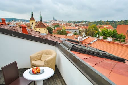 AMAZING AIRY LOFT IN THE OLD TOWN - Praga - Apartamento