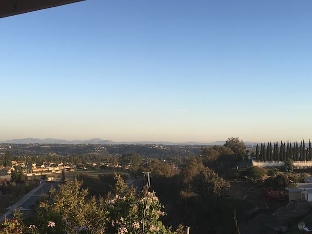 House with Views Female Guests Only - San Diego - Ev