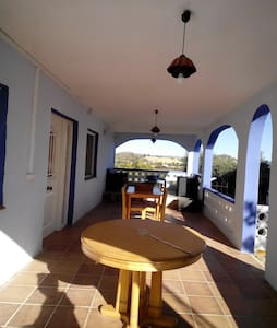 Villa with wonderful mountain view - Villamarchante, Valencia - 別荘