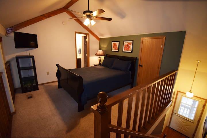 Loft Bedroom & Bath