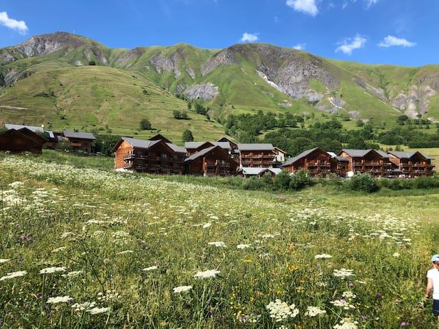 Appt 4 pers. Montagne, Alpes, détente et piscine.