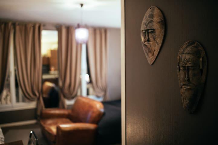 Lit 2 places à partager avec moi / Shared bed - Paris-18E-Arrondissement - Dorm