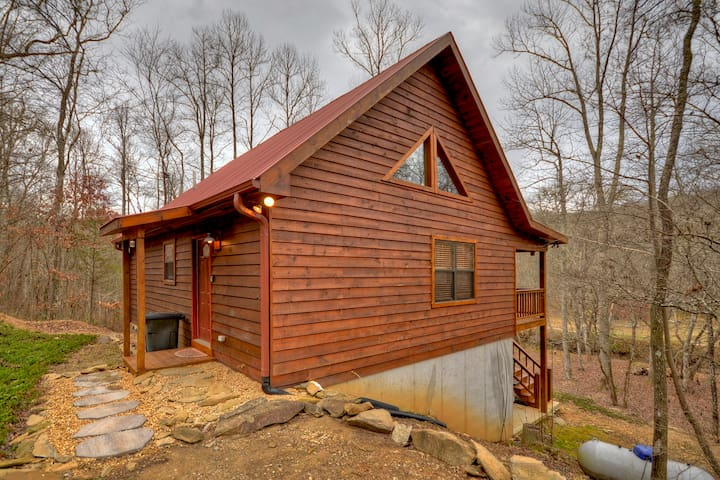 A Simple Pleasure Cabin