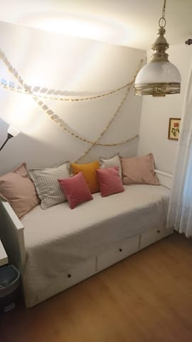 Cozy room in Madrid