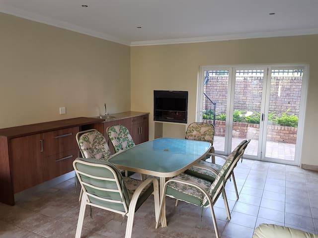 La Pietersia Waverley apartment