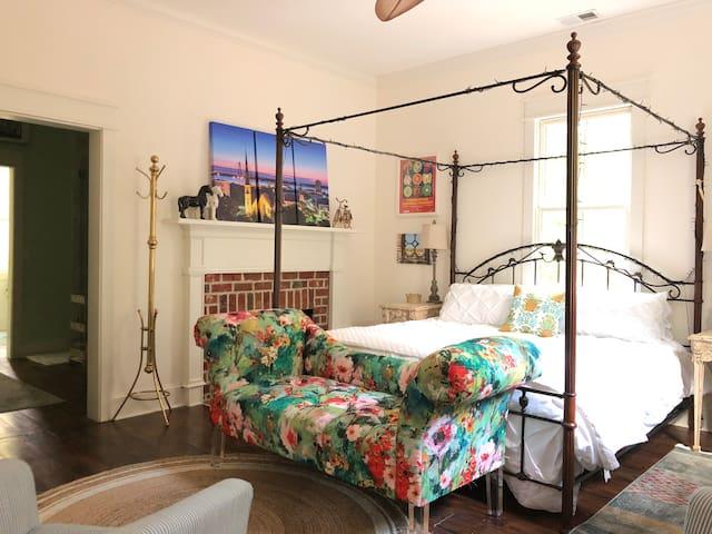 "Porch ROCKIN' ""B&B"": The Charleston Suite"