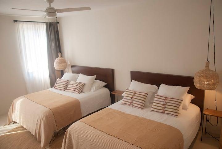 Private room in Casa Lulú B&B 3 - Best loc in SJ