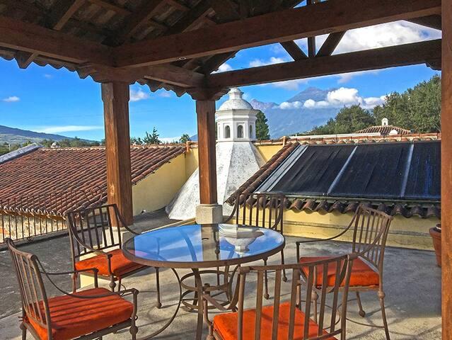 Casa Las Cupulas - Antigua Guatemala - Casa