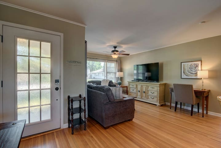 """Living Room features a 60"""" Samsung Smart TV with cable, Netflix, and Hulu Plus."""