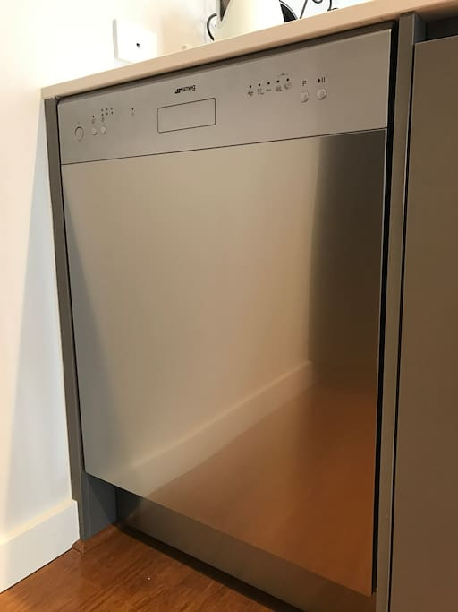 SMEG dishwasher.