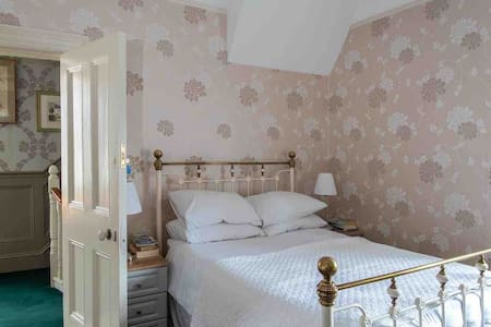 Spacious Double Room with Old World Charm