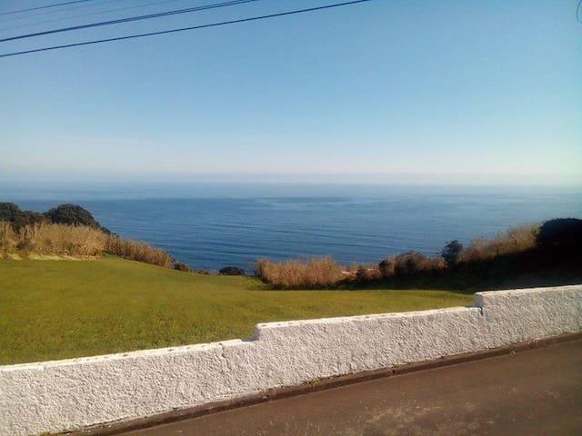 Ocean view, close to Sete Cidades. - Pico Vermelho - House