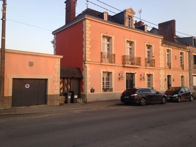 maison bourgeoise coeur de ville - Janzé - Huis