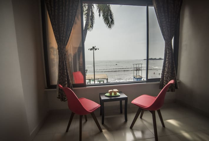 Sea facing apartment on Alibag beach